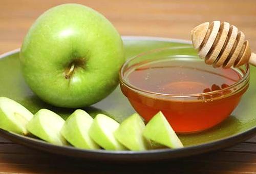 яблочная омолаживающая маска