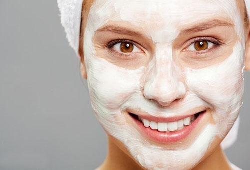 Маска отшелушивающая для сухой кожи лица