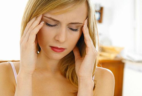 Стресс - причина высыпаний на лице
