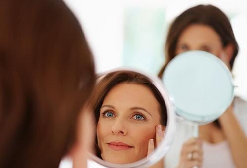 Возрастная кожа - показание к применению масла макадамии