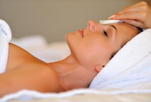Лечение кожных проблем в салоне