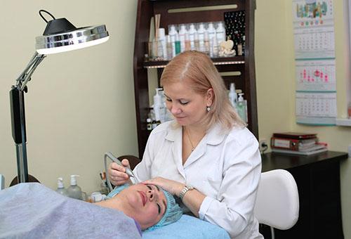 Лечение белых точек на лице