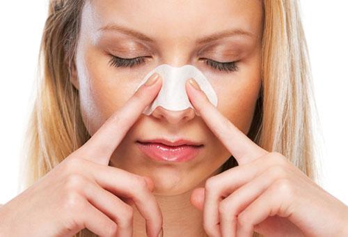 Аппликация для удаления комедонов на носу