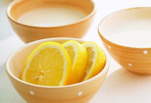 Пиалы с лимонным лосьоном для лица