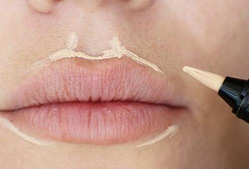 Скульптурирование в макияже губ